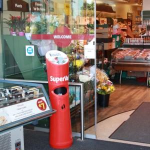 lingettes Entrées, caddies, scan achat... Galeries marchandes, points restauration, cafétérias, sandwicheries, boulangeries, restauration rapide.