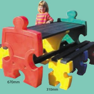 Bancs et Table Puzzle