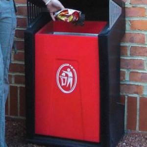 poubelle boxy rouge